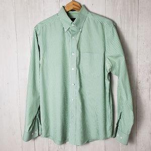 Eddie Bauer | Medium Mens Button Down Shirt